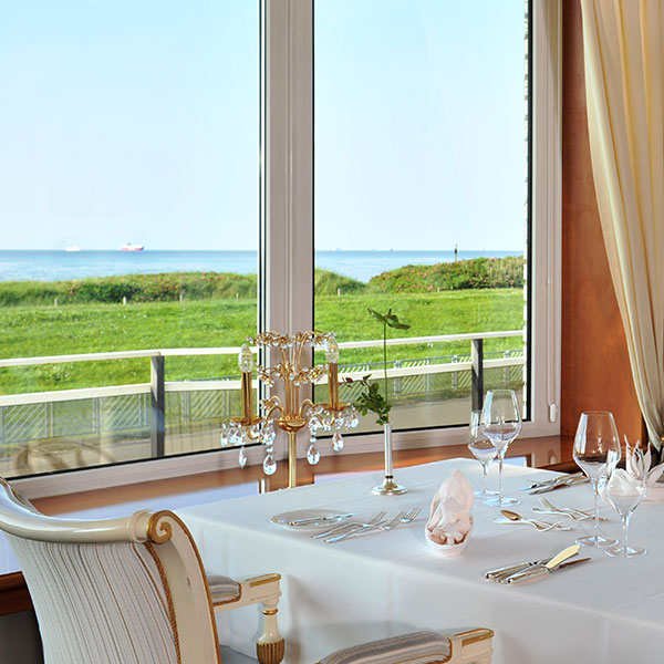 Dining with a view of the North Sea